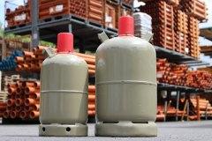 bfb-raet-grill-gasflaschen-im-freien-ueberwintern