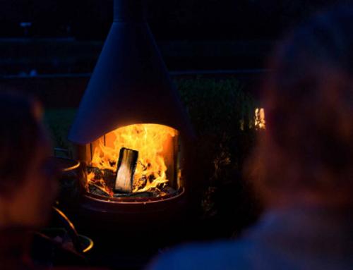 Erleben Sie die Magie von Edelstahl und Feuer