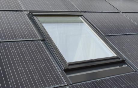 Dachfenster vereint mit Photovoltaik
