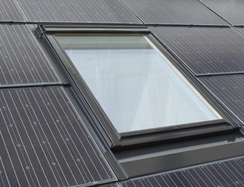 Dachfenster vereint mit Photovoltaik-VELUX Energieeffizienz