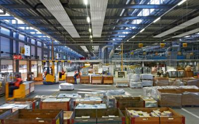 Flexibilität pur mit Industrieflächenheizung und Deckenstrahlsystem