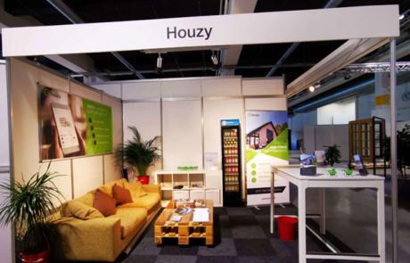 Messerückschau Houzy AG