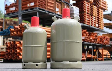 BfB rät: Grill-Gasflaschen im Freien überwintern
