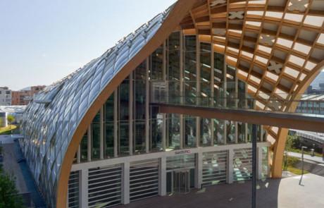 Swatch weiht neuen Hauptsitz in Biel ein