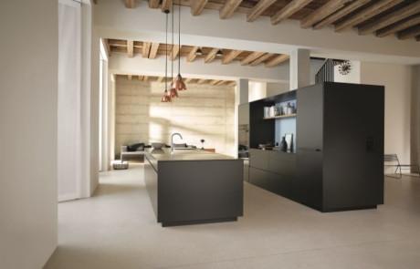 Dünne Möbelfronten – Blum hat den passenden Beschlag