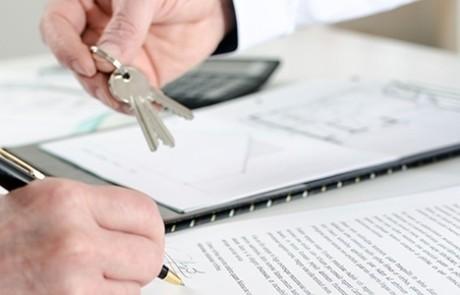 Mietvertrag unterzeichnen: Worauf Mieter achten sollten