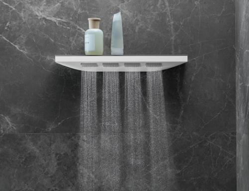 Eine neue Dimension des Duschens-Im Regen stehen war nie schöner