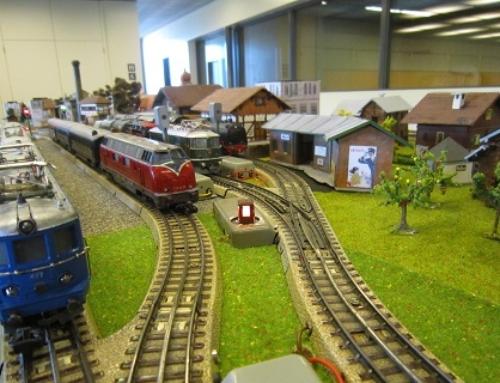 """Recycling-Modelleisenbahn """"Nostalgia"""""""