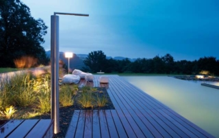 Lichtinszenierung am Pool