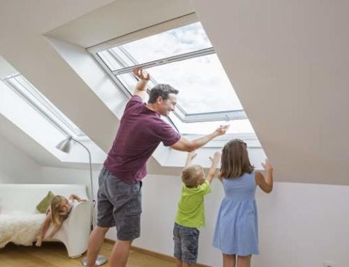 Frei von Summern unterm Dach-Schutzrollos für die Dachfenster