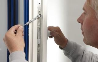 Fenster Türen Wartungs-Check